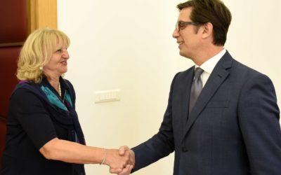Претседателот Пендаровски ја прими српската амбасадорка Душанка Дивјак – Томиќ