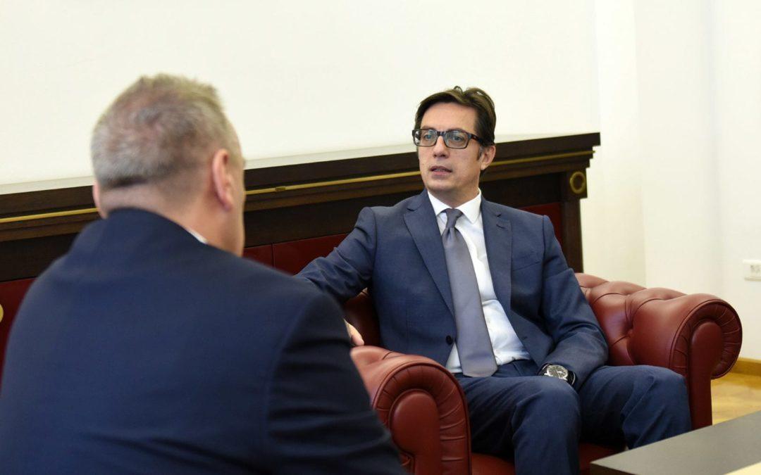 Претседателот Пендаровски го прими чешкиот амбасадор Мирослав Томан