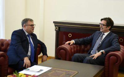 Претседателот Пендаровски го прими амбасадорот на Француската Република, Кристиан Тимоние