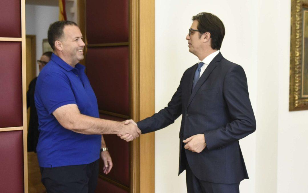 Средба на претседателот Пендаровски со генералниот секретар на Црвениот крст, Саит Саити