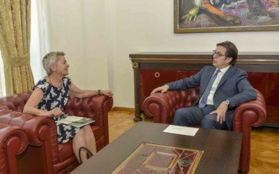 Takim e Presidentit Pendarovski me Ambasadoren zvicerane Tejada