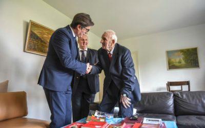 Претседателот Пендаровски во пресрет на 2 Август го посети Јордан Цеков – Дане, учесник во НОБ