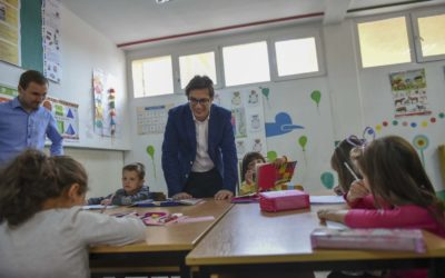 "President Pendarovski launches the ""Face to Face with the President"" project by visiting the Municipality of Veles"
