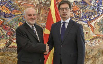 Претседателот Пендаровски ги прими акредитивните писма на новоименуваниот амбасадор на Република Австрија во Република Северна Македонија