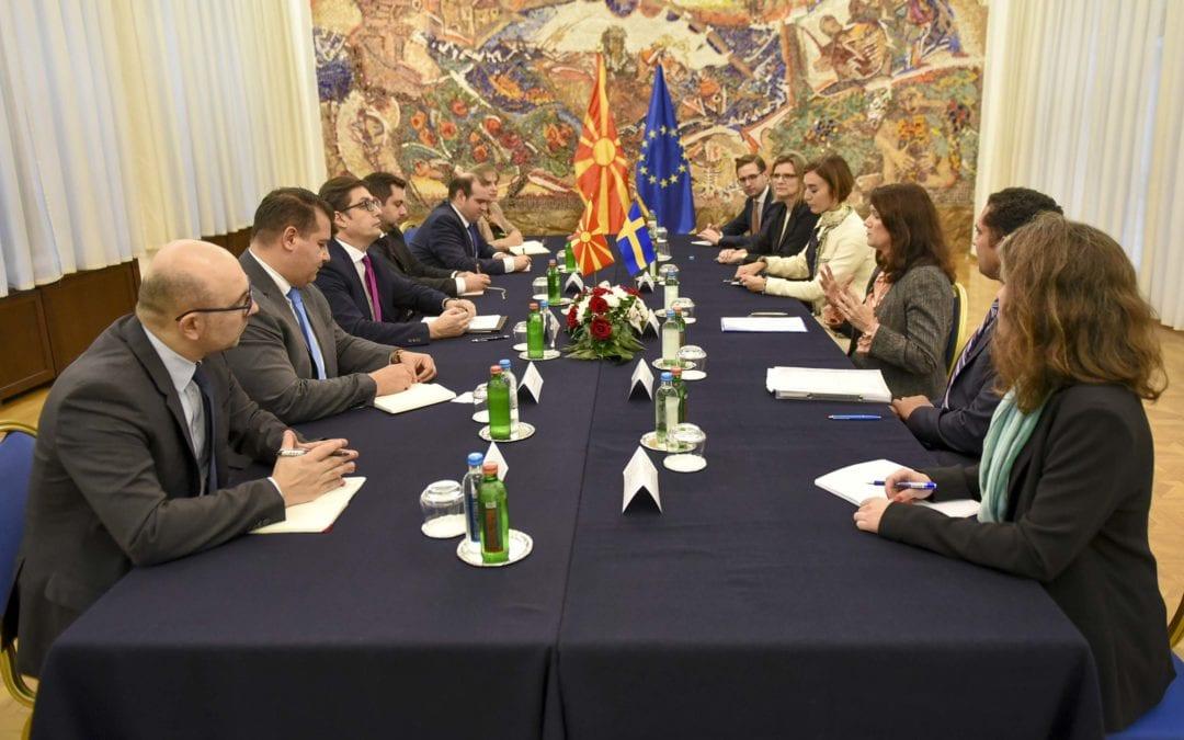 Средба на претседателот Пендаровски со шведската министерка за надворешни работи, Ан Линде