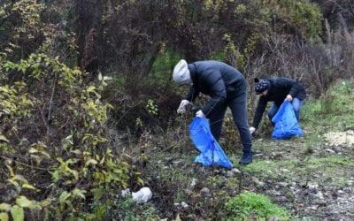 """Кабинетот на Претседателот дел од акцијата за чистење """"Не биди ѓубре"""""""