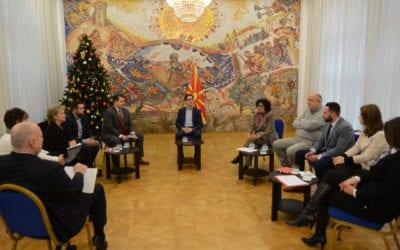 Presidenti Pendarovski priti anëtarët e Këshillit për Monitorim Civil