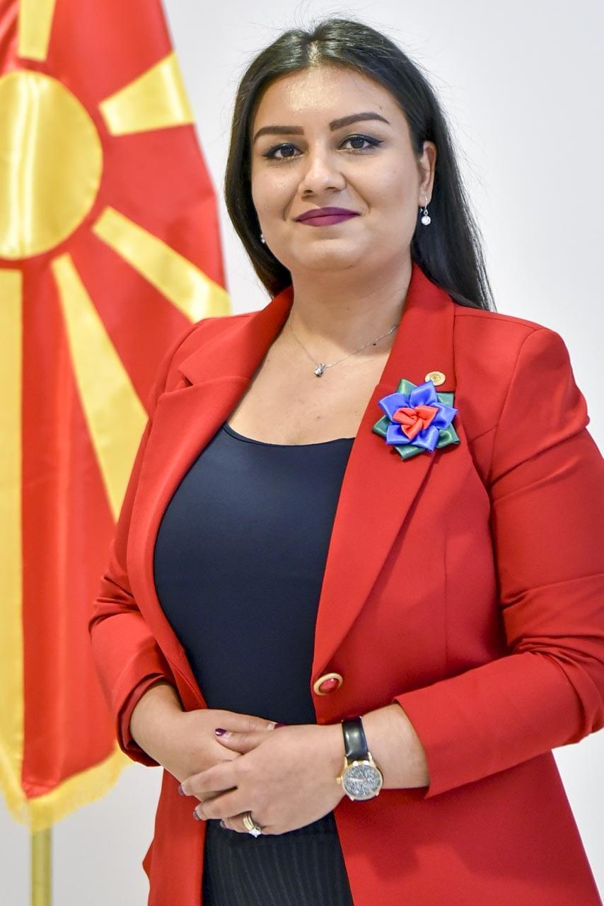 Фикрија Таир