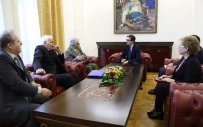 Претседателот Пендаровски прими претставници на Институтот за филозофија и Филозофското друштво