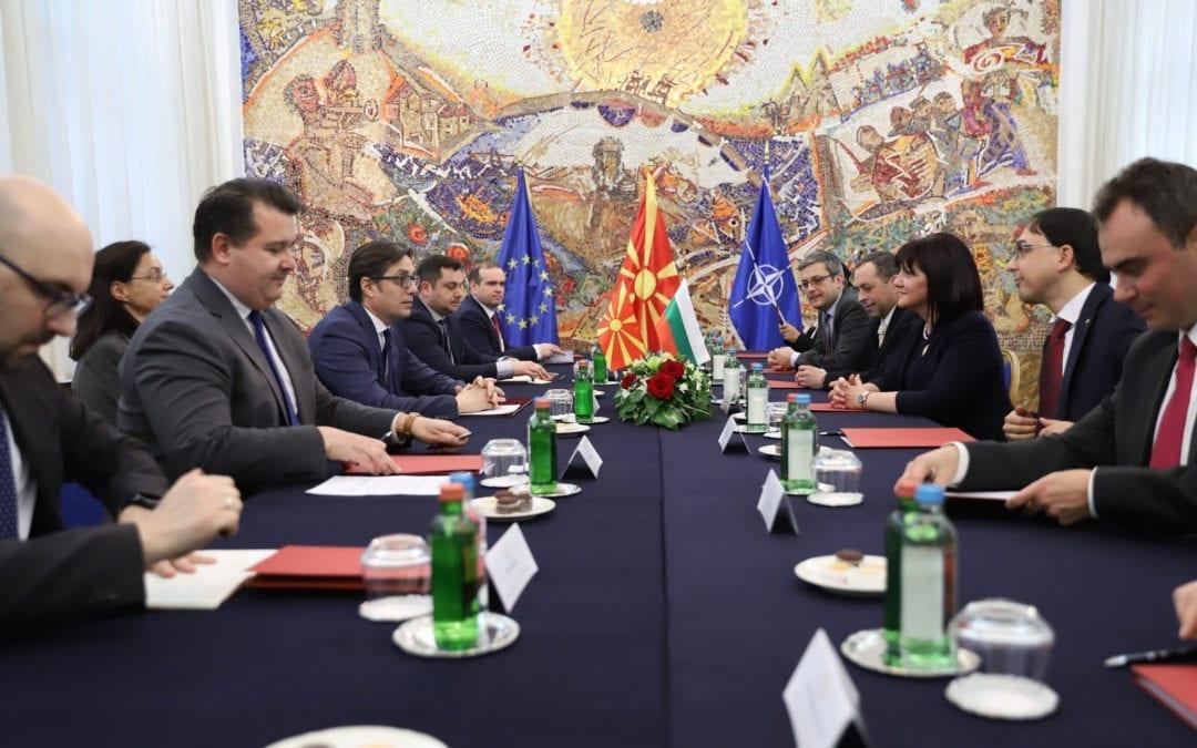 Претседателот Пендаровски ја прими Цвета Карајанчева, претседателка на Народното собрание на Република Бугарија
