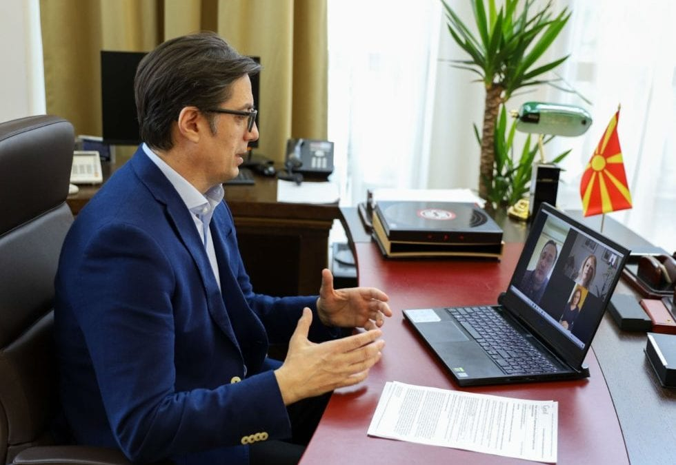 President Pendarovski to ambulance and polyclinics staff: I wish you less interventions, you have the support of everyone to endure