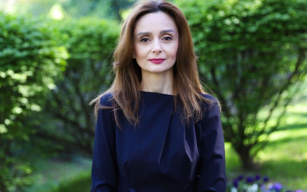 Сопругата на претседателот со порака до жртвите на семејно и родово насилство: Постои излез, без разлика на пандемијата