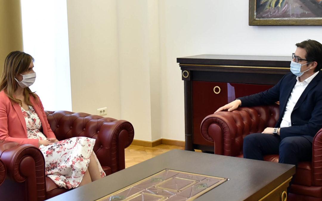 Средба со гувернерката на Народната банка, Ангеловска-Бежоска