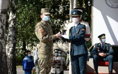 First-ranked cadet Biljana Dulovic from Montenegro receives an award