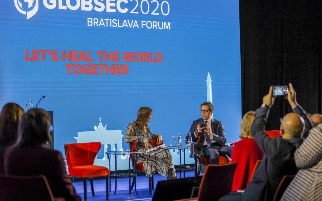 """Претседателот Пендаровски се обрати на Глобалниот безбедносен форум """"ГЛОБСЕК 2020"""" во Братислава"""