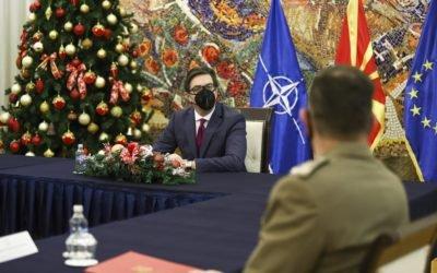 Presidenti Pendarovski e priti komandantin e KFOR-it gjeneral-majorin Franko Federiçi