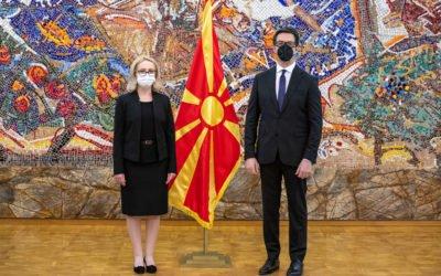 Претседателот Пендаровски ги прими акредитивните писма на новоименуваната амбасадорка на Романија