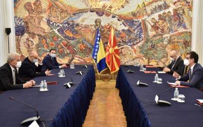 Средба на претседателот Пендаровски со членот на Претседателството на Босна и Херцеговина, Шефик Џаферовиќ