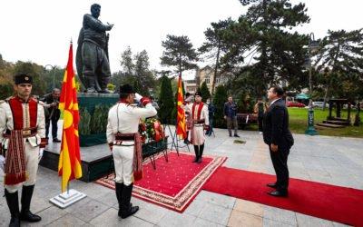 Генералниот секретар на Кабинетот на Претседателот положи цвеќе по повод 23 Октомври – Денот на македонската револуционерна борба